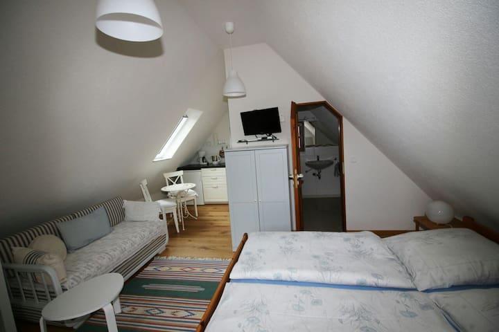 """Ferienhaus Schöberlein """"Weinlaub"""""""