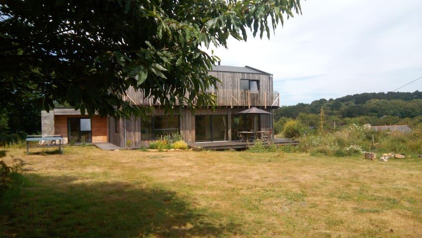 Grande maison en bois