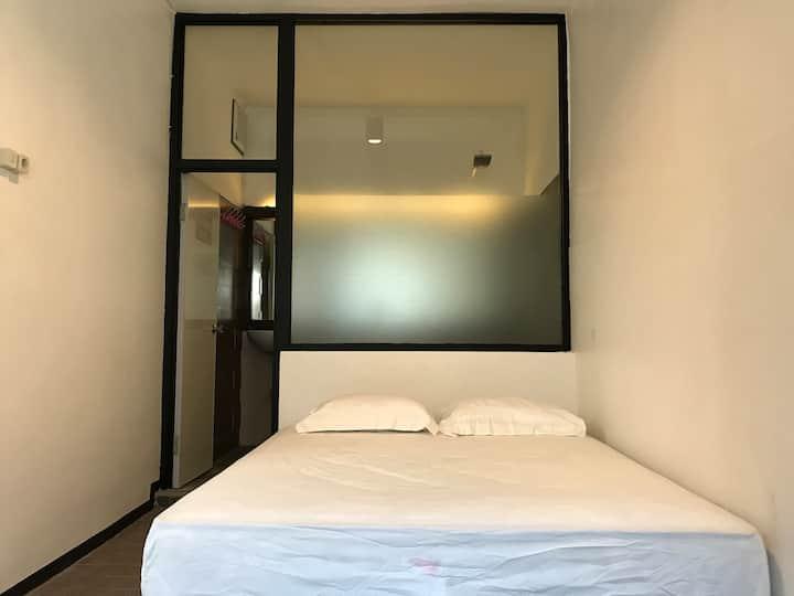 Miranti's Room HOREbnbSYARIAH