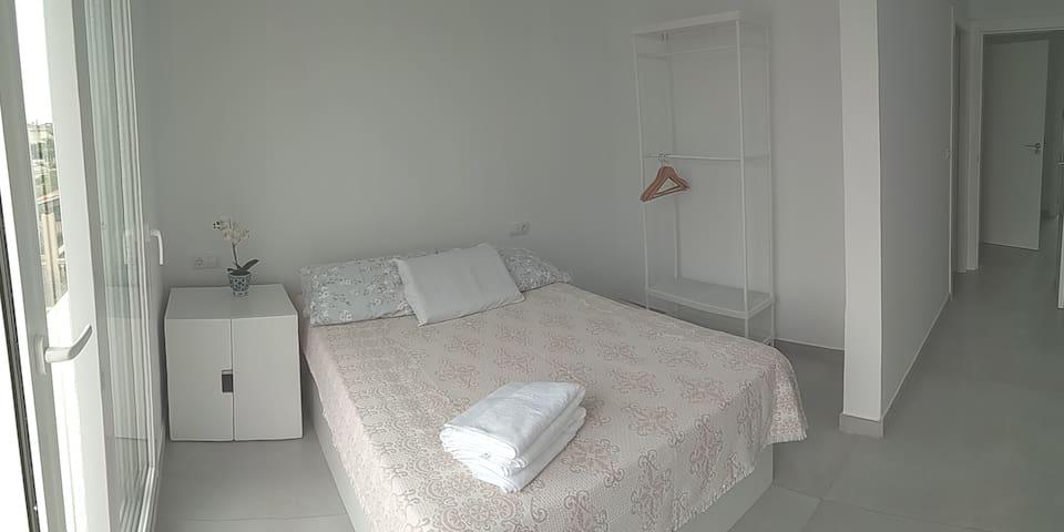 Habitación y baño privado cerca Palma (Marratxí) y