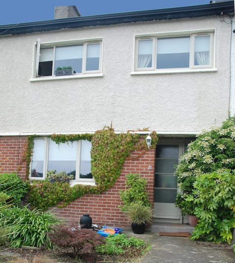 Monkstown Private Homestay