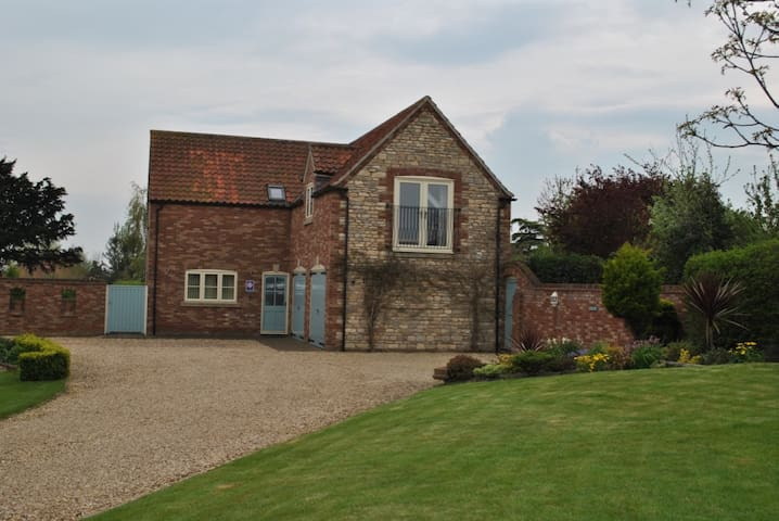 Ashes Lodge: House with 3 ensuite bedrooms - Allington - House