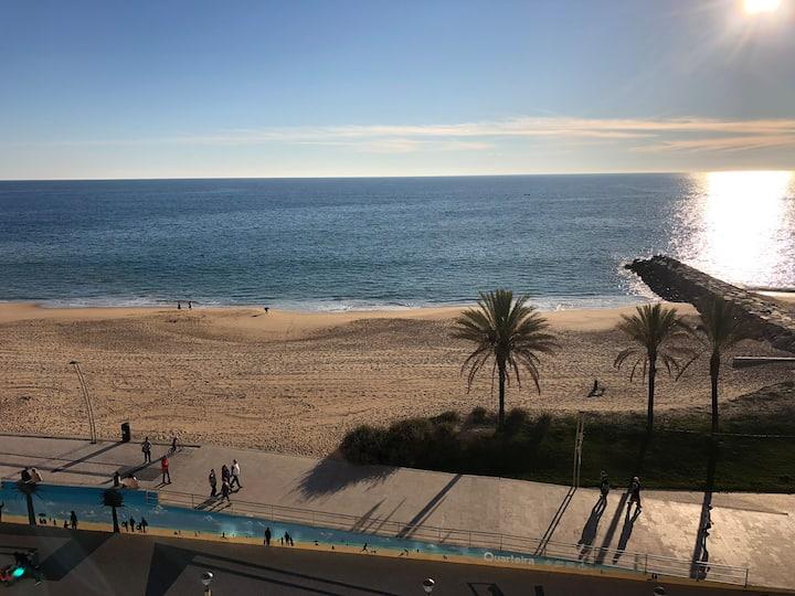 Studio 1st line Sea view 20m Beach Quarteira