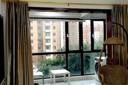 空港、机场温馨舒适大气干净一室可免费停车距离空港核心区8分钟路程 - Tianjin