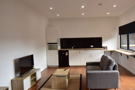 Pet Friendly, Private, Self Contained Studio