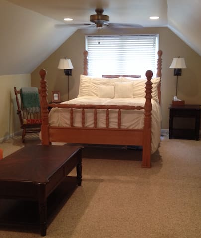 Cozy Studio Apt. w/Massage - Waxhaw - Appartement