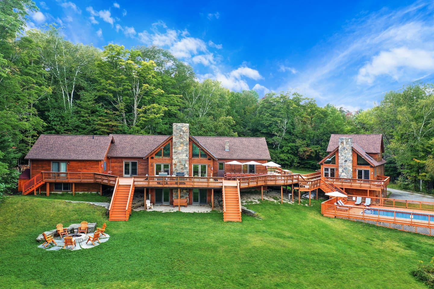 Amazing log estate, 13 BR sleeps 30, private swimming pool, hot tub, game room, sauna, firepit and more! Close to great skiing, hiking, and the best Vermont has to offer. Great for large groups, corporate retreats, and weddings.