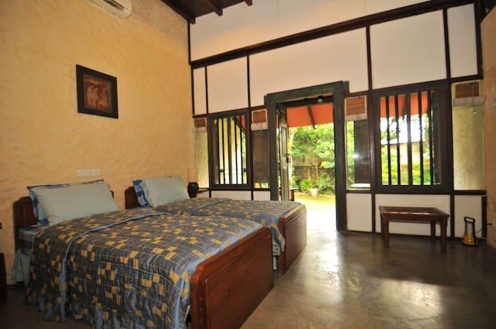 Comfortable EcoFriendly BrightHome  - Sanasa Mawatha - Appartement