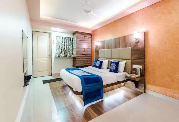 BAGPAC 008 Hotel Laxmi