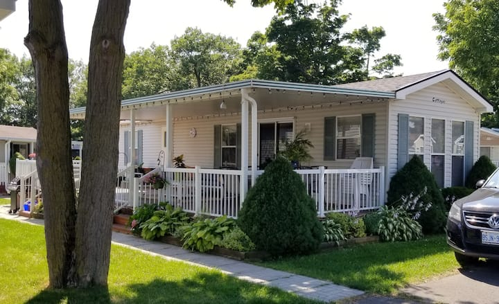 A Relaxing Family Cottage at Sherkston Shores