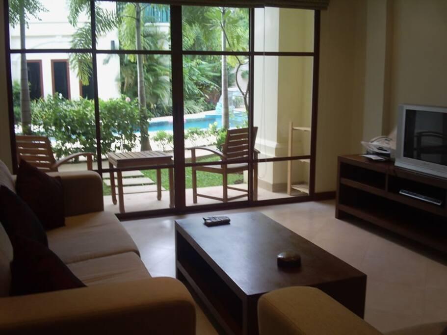 Lounge Opposite Lge Screen TV