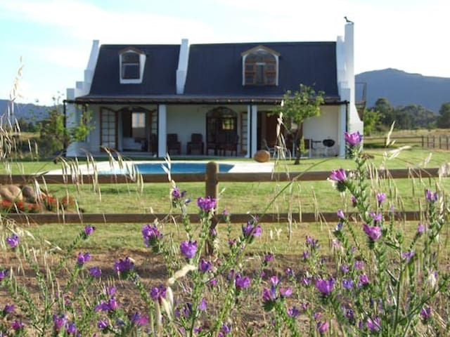 Raptor Rise Cottage - Tulbagh - Ev