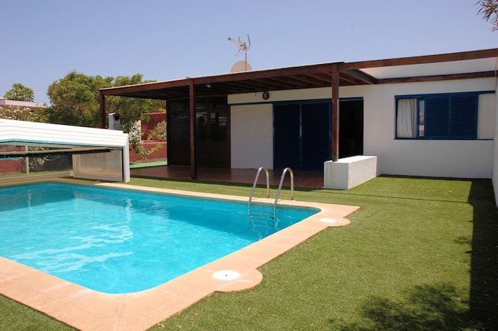 Beautiful bungalow in Playa Blanca - Playa Blanca - Villa