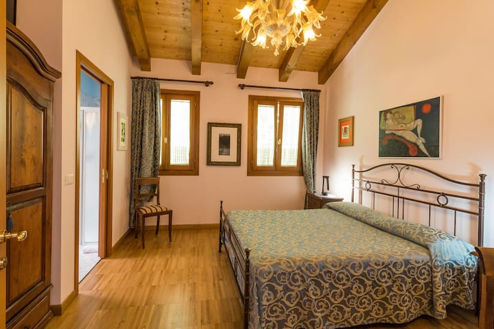 BED AND BREAKFAST IN VALLE ( CAMERA AZZURRA) - Lumignano - Bed & Breakfast