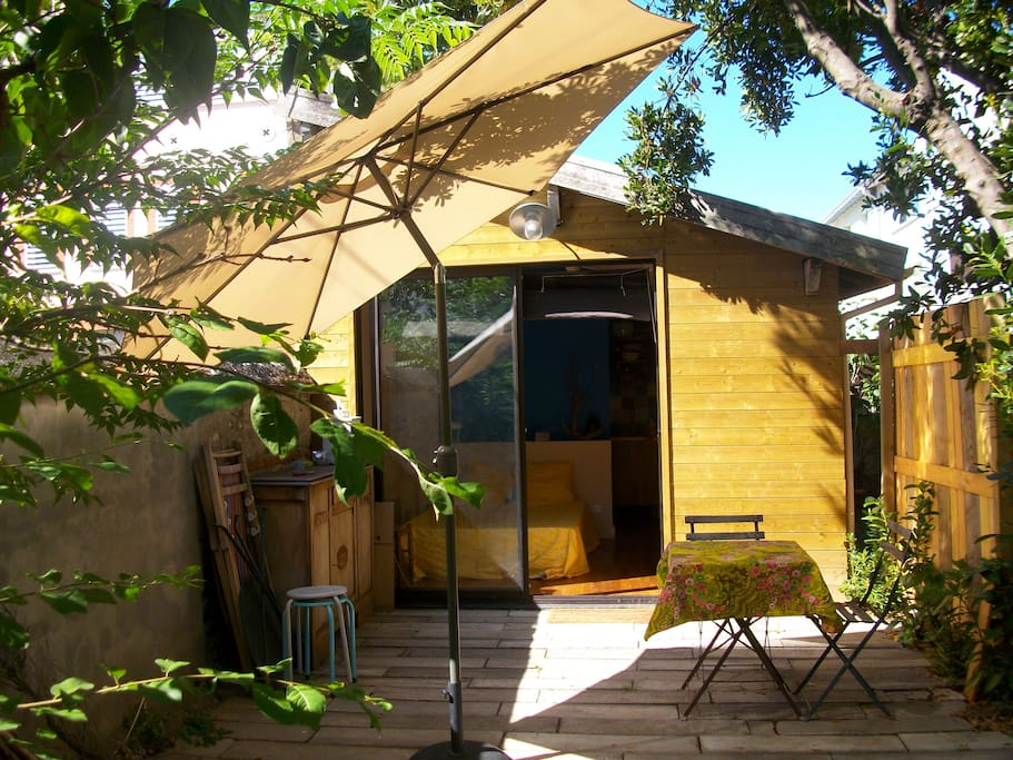 studio jardin proche centre ville et a roport micromaisons louer toulouse midi pyr n es. Black Bedroom Furniture Sets. Home Design Ideas