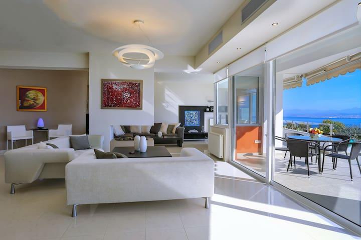 Antiopi Luxury Villa