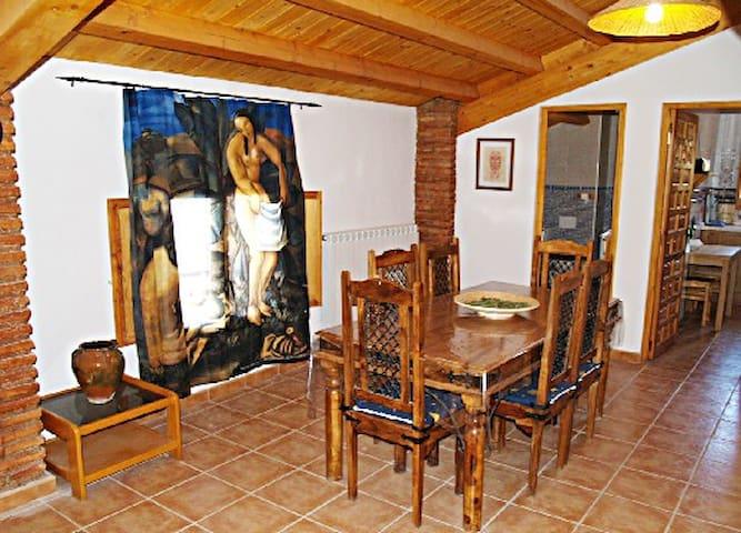 """Apartamento Duplex """"El Granero"""" - Tobed - Apartemen"""