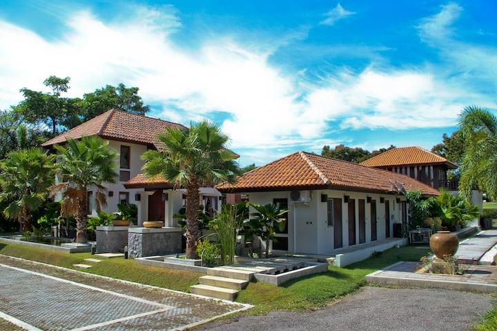 Luxury Balinese Golf Villa