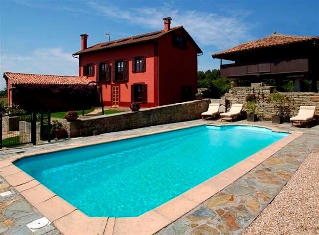 VILLA DE LUJO  - Llames - House