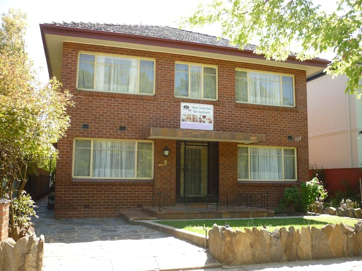 3BD Apartment in the Main St Albury