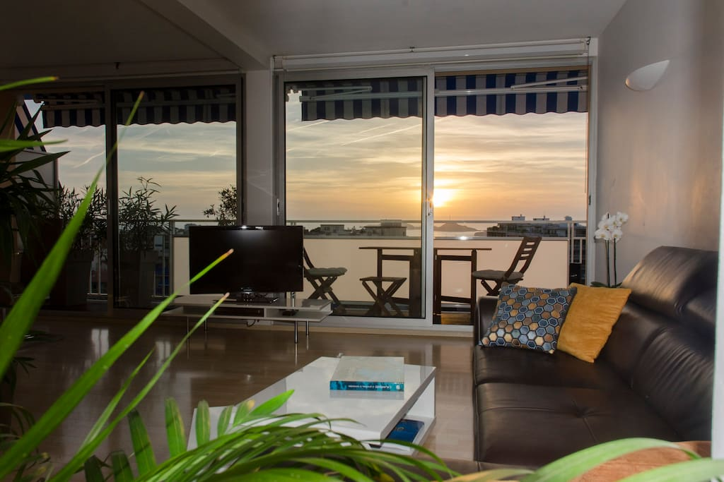 The couch faces the 46in TV, if you ever get bored of the sunsets!