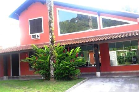 Casa na Juréia, litoral norte de SP