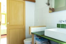Salle de bain/Bathroom#1