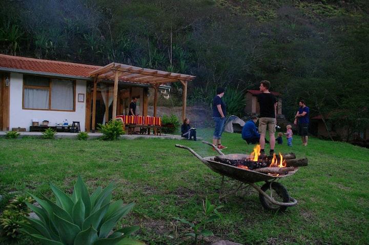 Casa y cabañas  Yunguilla Azuay