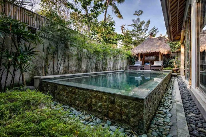 HIDEAWAY HOMES BALI  Marvelous private pool villa