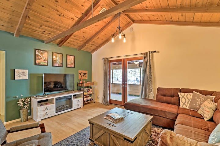 NEW! Prescott National Forest Cabin w/ Game Room!