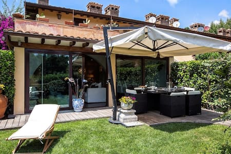 ROME CASTEL GANDOLFO HOUSE WITH GARDEN - Castel Gandolfo - Huoneisto