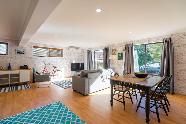 Funky apartment - walk to the beach - Avoca Beach - Apartment