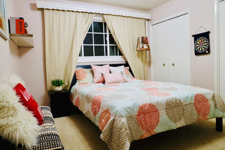Cozy Room, Close to Disney/knott/Hungtington Beach