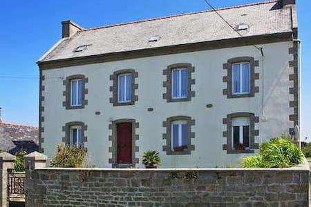 maison familiale dans le pays des Abers - Ploudalmézeau - Casa