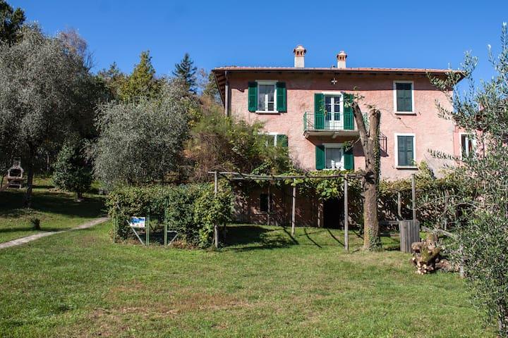 villa zina - Colico  - Hus
