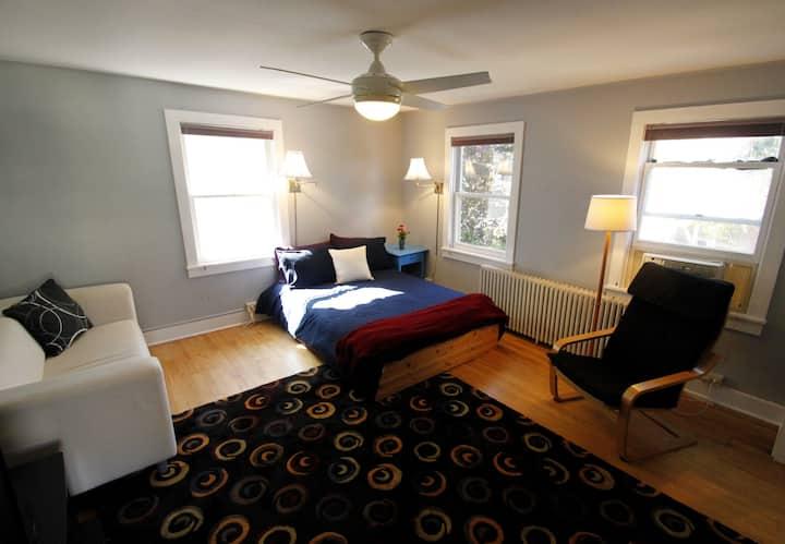 Funky apartment near Lake Champlain