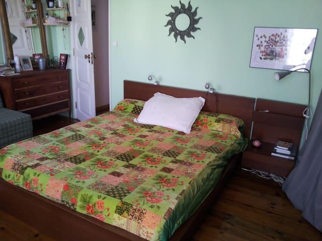 Room 35 min away from Lisbon center - Montijo - บ้าน