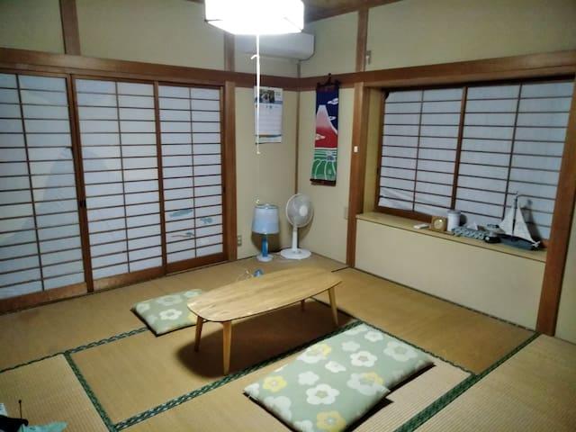 きっとあい楽館Japanese old house 秩父市街地から4キロ武甲山の頂上見えます綺麗です