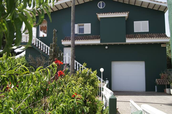 Twin room in countryside chalet with ocean views - Vega de San Mateo - Casa particular