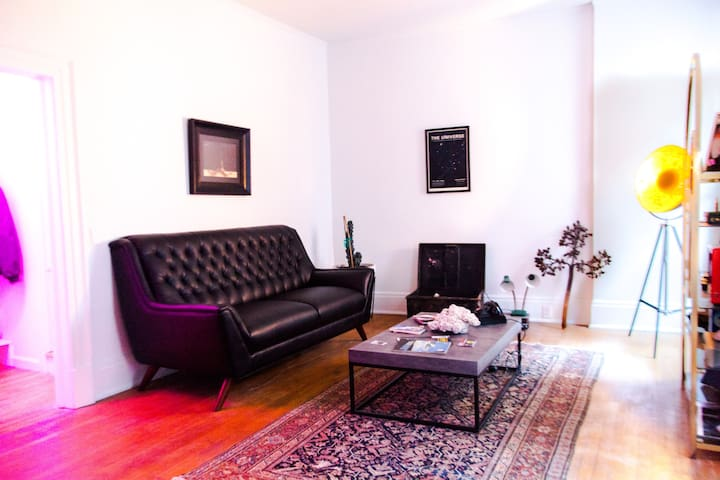 Bisbee 1BR on Main St [Object Limited 3E]