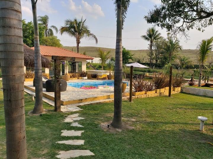 Chácara em Guararema: natureza e lazer a 62km deSP