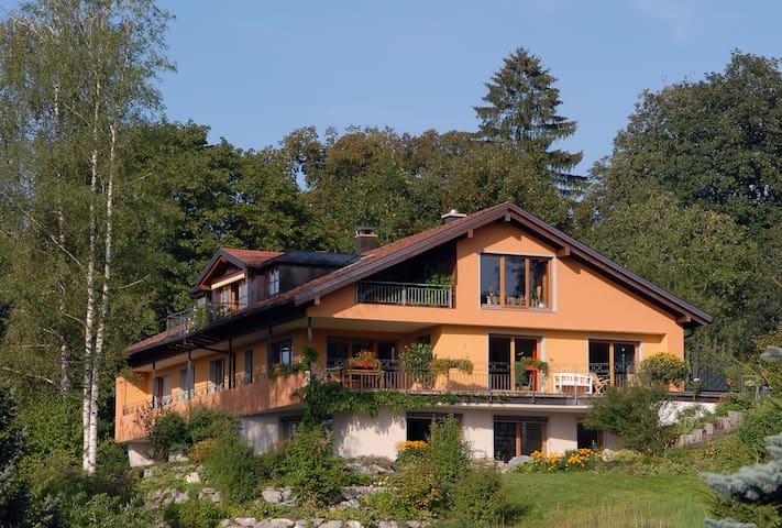 mediterrane Villa mitten in der Natur - Weiler-Simmerberg - Departamento