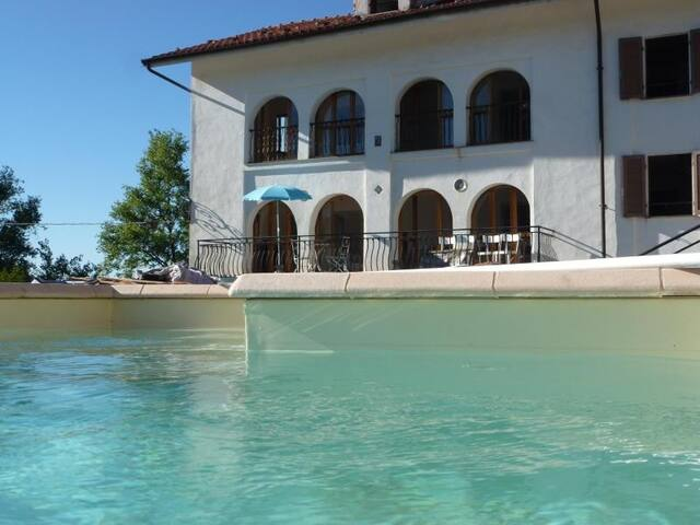 Villa Cadenza with Private Pool - Murazzano - Vila