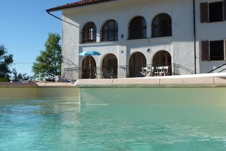 Villa Cadenza with Private Pool - Murazzano