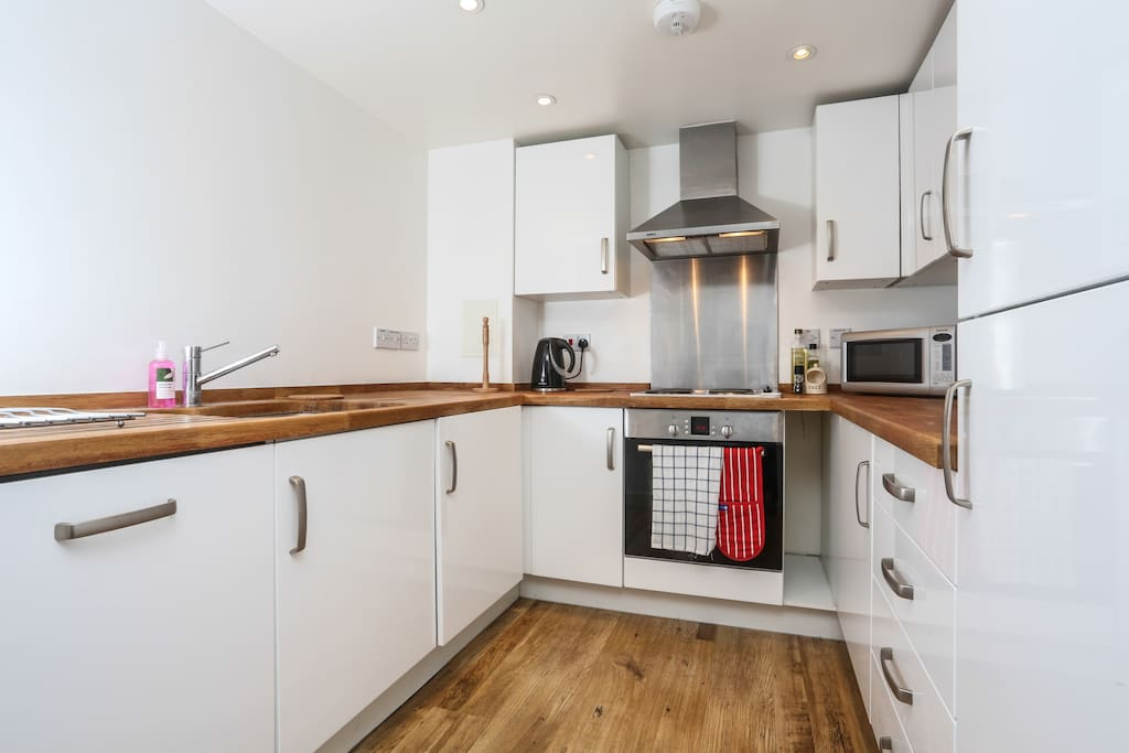 Fully equipped and brand new kitchen