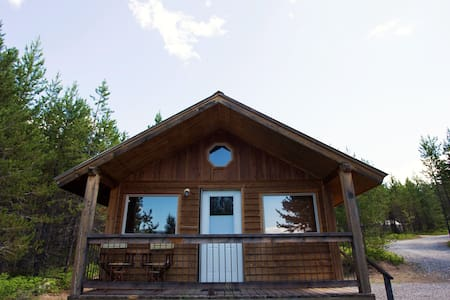 Cabin near Glacier National Park! - 통나무집