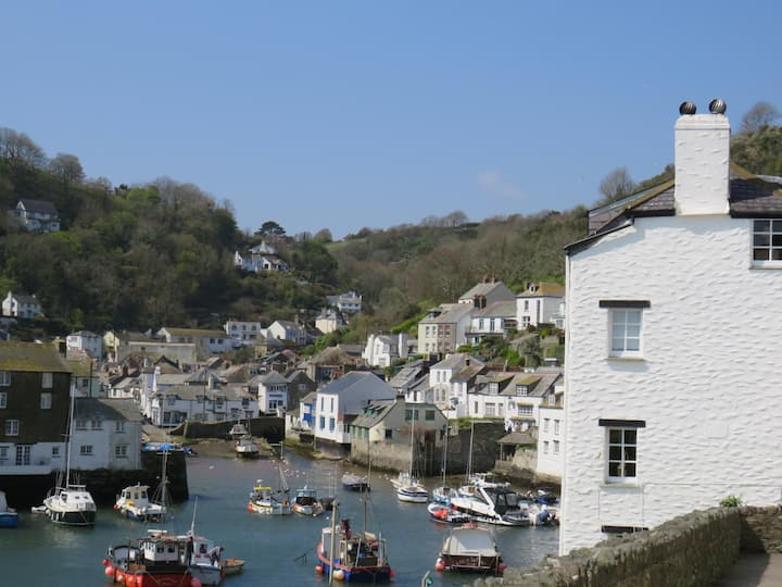 Best Harbour views Romantic & dog friendly cottage