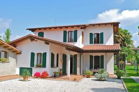 Villa Alma near Venice / Jesolo - Fossalta di Piave