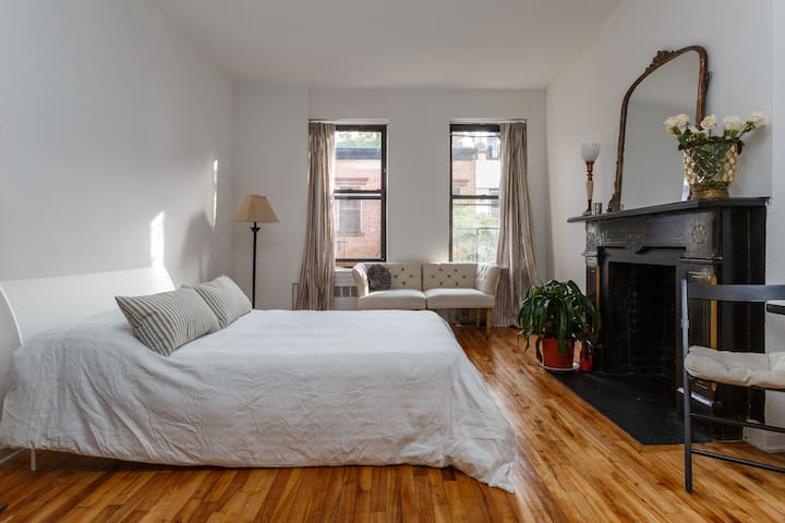 charming west village pied a terre