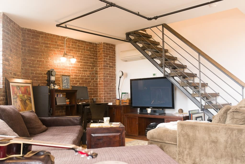 Stunning Loft In Heart Of Williamsburg Flats For Rent In
